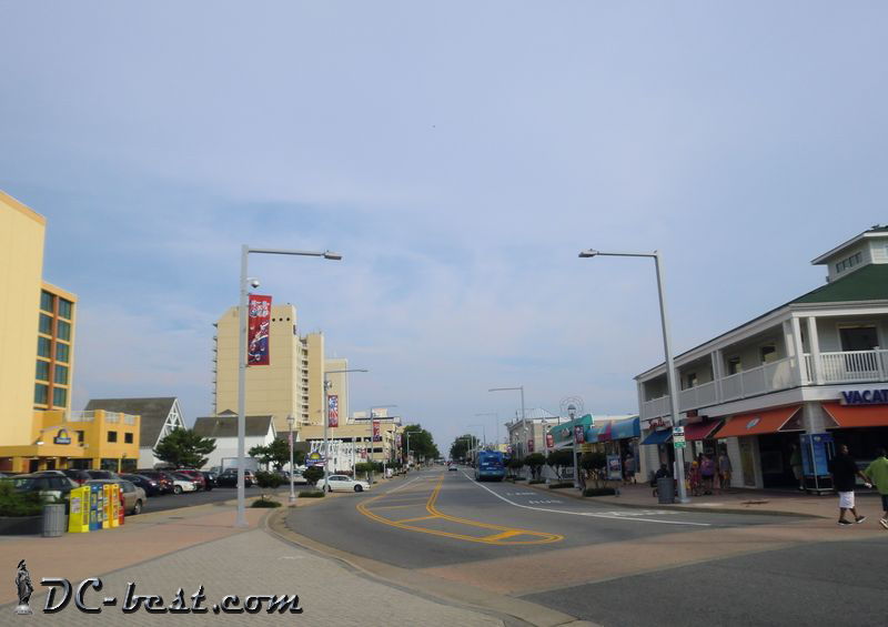 Atlantic Avenue. Virginia Beach, Virginia