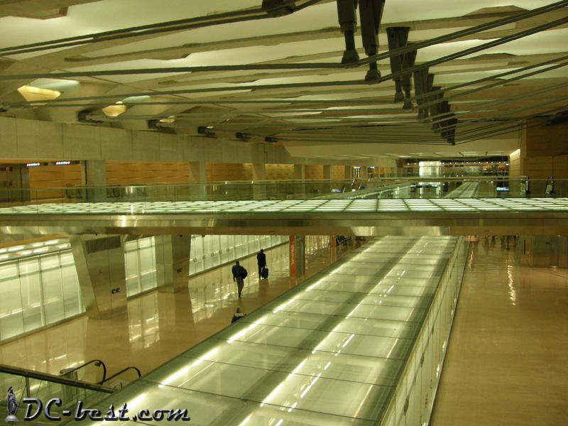 Cистема Aero Train в аэропорту Dulles International Airport