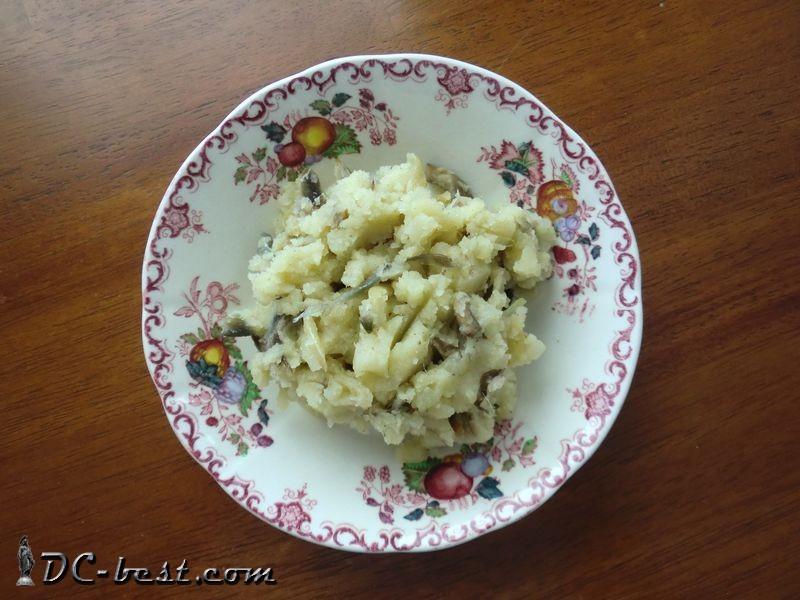 Начинка из картофеля, лука и грибов