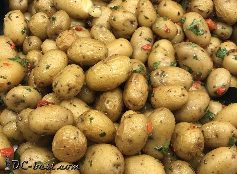 Молодая картошечка с луком-шнитт