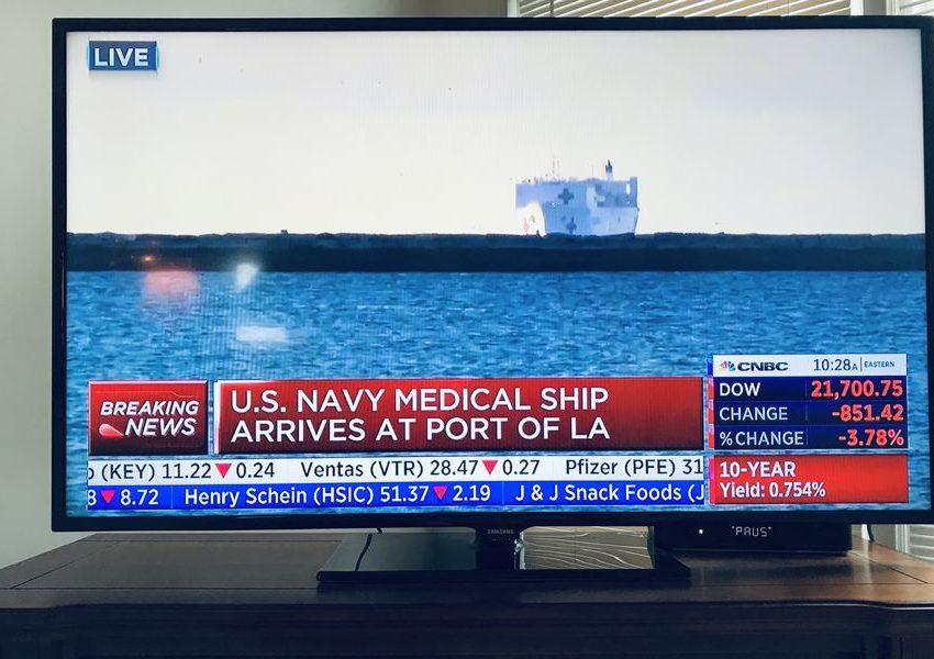 Военный корабль США с медицинским оборудованием прибыл в порт Лос-Анджелес!